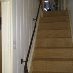 Oak leaf handrail for staircase